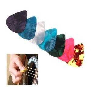 U1122:マルチ カラフル ギターピック 撥弦 楽器 アクセサリー ギタープレーヤー アコースティック エレキギター