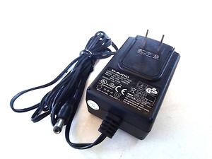 通電確認 M-AUDIO 電源アダプター AC アダプター (DC出力) 12V 1A センター+ TESA1-120100 即決有り 管理番号B 宅急便対応