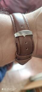 送料無料!YAZOLE 2019 メンズ腕時計 トップブランドの高級クォーツ時計 ビジネス 発光 防水腕時計レロジオ Masculino