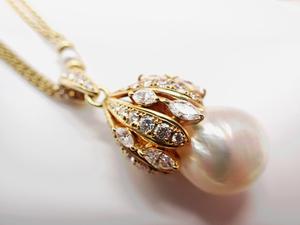 MIKIMOTO  南洋真珠大玉とダイヤモンド 18金ネックレス