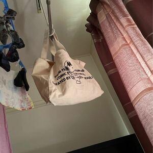 エコバック トートバッグ 地白 ワンちゃん リバーシブル 猫ちゃん お昼寝 大きなトートバッグ