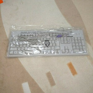 東芝製 薄型 PS/2接続キーボード 新品