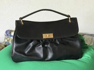 ■ 黒ハンドバッグ