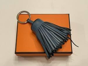 Hermes エルメス カルメン ブルー系 レザー キーホルダー キーリング バッグ等のチャームに 使用感あり 送料込み