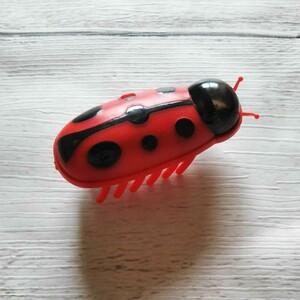猫のおもちゃ 猫じゃらし てんとう虫