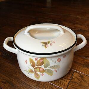 昭和レトロ エバーウェア EVERWARE 直径20センチ 花柄 ホーロー鍋 両手鍋 キャセロール