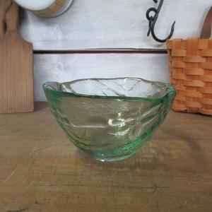 イギリス キッチン雑貨 ガラス製 厚みのあるガラスボウル デザートボウル 小物入れ インテリア雑貨 英国 glass 1641sa