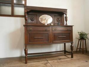 タ荷Q448◆英国アンティーク◆重厚な古い木製のミラーバックキャビネット◆飾り棚飾り棚収納陳列イギリスU(ヤE)パ