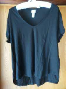 H&M VネックTシャツ ブラック