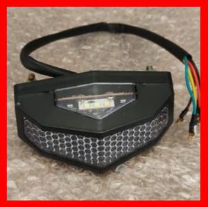 12V 汎用 オートバイ LED リア フェンダー ブレーキランプ ストップ テールライト ウィンカー ランプ レトロ モトクロス ナンバープレート