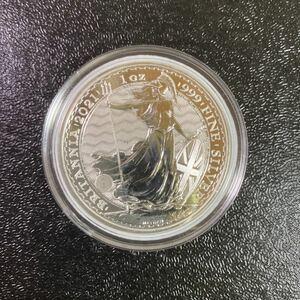 銀貨 99.9% 純銀 シルバー ブリタニア 銀貨 1オンス イギリス ロイヤルミント 2021