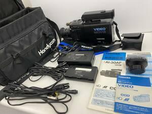 062804 東芝 VHS ビデオカメラ AI-30AF 充電器 予備バッテリー 予備レンズ バッグ付き 中古品 TOSHIBA