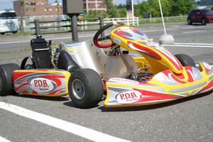 北海道千歳市発 近郊配送/引取限定 P.D.B EIKO ROTAX ロータックス FR125 搭載 125cc レーシングカート
