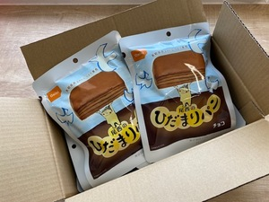 with translation tail west food .... bread (6 piece insertion ) chocolate case sale best-before date :2026 year 9 month emergency rations preservation meal disaster measures