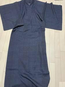 美しい着物 ★紬 正絹★ほぼ未着用★濃紺ベース