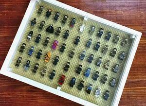 ショーケース 額縁 フレーム 51cmx38.4cm レゴ 互換 ブロック スタンド ミニフィグ レゴ 互換 LEGO 互換 テクニック フィギュア 色選べる