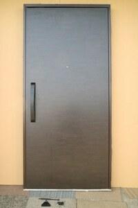 セール G4FD-G ◇ 980*2080(枠外) ◇ 日本フネン ◇ 右吊ドア ◇ 枠付 ◇ 鍵6本付 ◇ 展示品