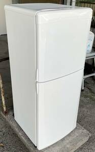 福岡市内送料無料 レトロ調デザイン 三菱 MITSUBISHI 136L 2ドア冷凍冷蔵庫 Puria MR-14N-W ホワイト 単身 インテリア 一人暮らし 学生