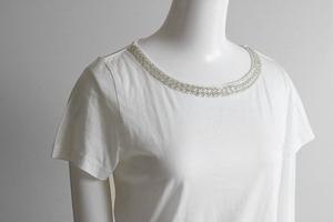 KUMIKYOKU ◆ビーズ装飾 半袖 カットソー 白 サイズ2 (下げ札付) 裾リボン Tシャツ 組曲 ◆MU13