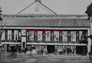 複製復刻 絵葉書/古写真 東京 新富座前の雑踏 馬車 明治期