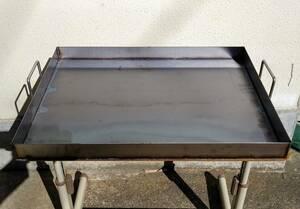 極厚9ミリ 鉄板 バーベキュー イベントに最適 600×450 全周囲い 持ち手溶接 お好み広島焼きそば グランピング フェス 縁日 祭り イベント