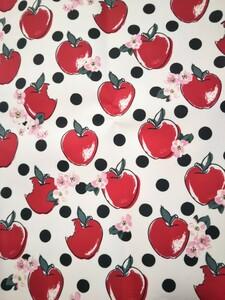 ラミネート生地⑭-1☆キャスキッドソン☆リンゴ 約48㎝×140㎝