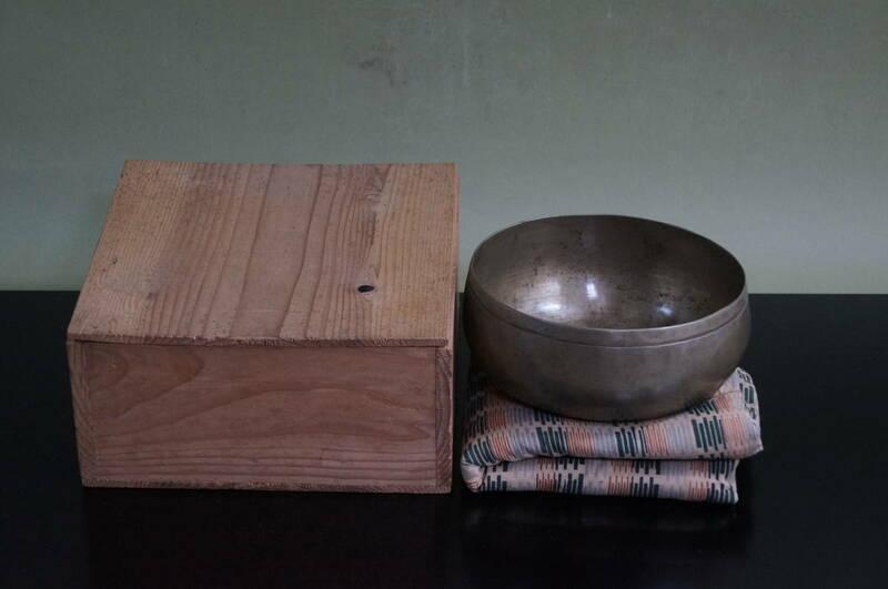 ■ 砂張建水(合箱)★ 朝鮮砂張 唐物 古玩 砂張銅 鉄鉢形 玉露 煎茶 建水
