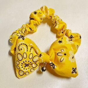 猫用 首輪 シュシュ バンダナ柄黄色
