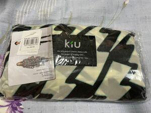 kiu レインポンチョ サンダーボルト