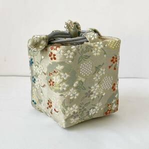 茶道具収納 小物収納袋 茶器用絹袋(角底)仕覆 しふく(白 小花)