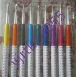 DA090: 1円スタート 8個 2.0-6.0MM 編み針 プラスチック ハンドル アルミ かぎ針編み フック セット 織り編み ツール キット