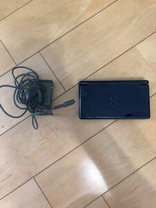 充電器とDS Liteのセット+おまけソフト
