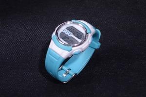 ■【J-AXIS】ジェイアクシス/CYBEAT 5気圧防水 デジタル腕時計/青×白/10日保証《美品》t2