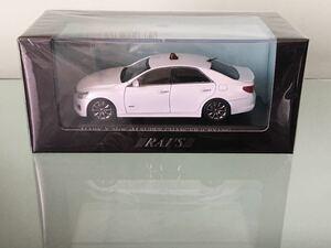 送料無料 1/43 トヨタ マークX GRX133 覆面パトカー 警視庁高速道路交通警察隊車両 ミニカー レイズ RAI'S TOYOTA MARKX