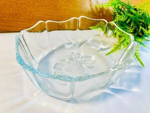 レトロ 昭和時代のアンティークなガラスの器 昭和初期のガラス食器