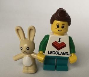 即決 新品 未使用 レゴ LEGO ミニフィグ タウン シティ ミニフィギュア うさぎと女の子 レゴTシャツ うさぎのぬいぐるみ