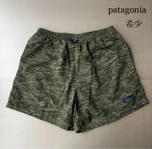patagonia バギーズショーツ【希少波魚】