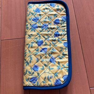 マルチケース 保険証 通帳 NARAYA ナラヤ キャッシュカード 小物入れ カードケース マルチに使える 黄色 金運アップ 財布