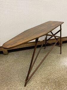 アメリカン アンティーク 大きな アイロン台 折り畳み式 アイロニングボード ビンテージ 木製
