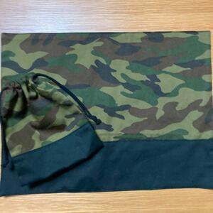 カモフラ柄 ブラック ランチョンマット コップ袋 ハンドメイド 迷彩 巾着袋 ランチョンマット ランチマット コップ袋 給食袋