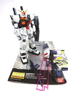 ■同梱可MG1/100 ガンダムMK-Ⅱ白 塗装済み素組完成品ジャンク