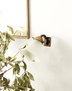jf01757 仏国*フランスアンティーク*照明 フロストガラスシェード ウォールランプ ブラケットライト 壁付け照明 フリルフラワーシェード