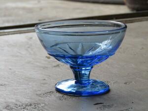 昭和レトロ プレスガラス 氷コップ D/アンティーク*ビンテージ*古道具*コンポート皿*食器*喫茶店*カフェ*古民家*ディスプレイ*什器*グラス
