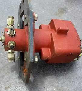 ◇ 日立建機 ミニ油圧ショベル  ZX30U-2 中古 油圧部品 ミニユンボ 機械部品 ◇