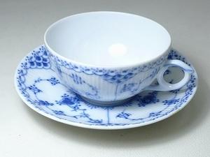 ▲60SK825▲RoyalCopenhagenロイヤルコペンハーゲン ブルーフルーテッド カップ&ソーサー 1/525 ティー コーヒー 洋食器