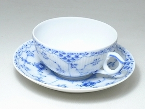▲60SK829▲RoyalCopenhagenロイヤルコペンハーゲン ブルーフルーテッド カップ&ソーサー 1/525 ティー コーヒー 洋食器
