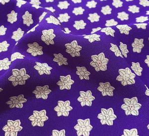 まるえ◆正絹小紋ハギレ生地◆紫花◆108cm35cm◆m2458-1