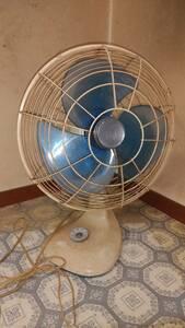 レトロ扇風機(東芝)