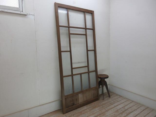 古い木味のモールガラスのドアC70    アンティーク建具引き戸扉ドア戸窓玄関店舗什器カフェ什器無垢材古家具