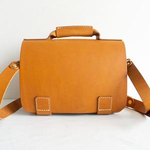 【未使用品】 HERZ ヘルツ 【総かぶせ・横型2wayビジネスバッグ(BC-13)Sサイズ】レザー ショルダー 鞄 2107267